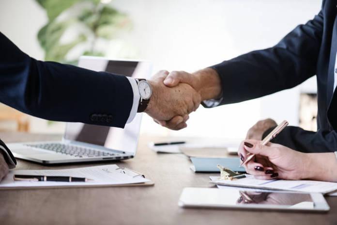 Wypowiedzenie umowy z Plus - jak napisać?